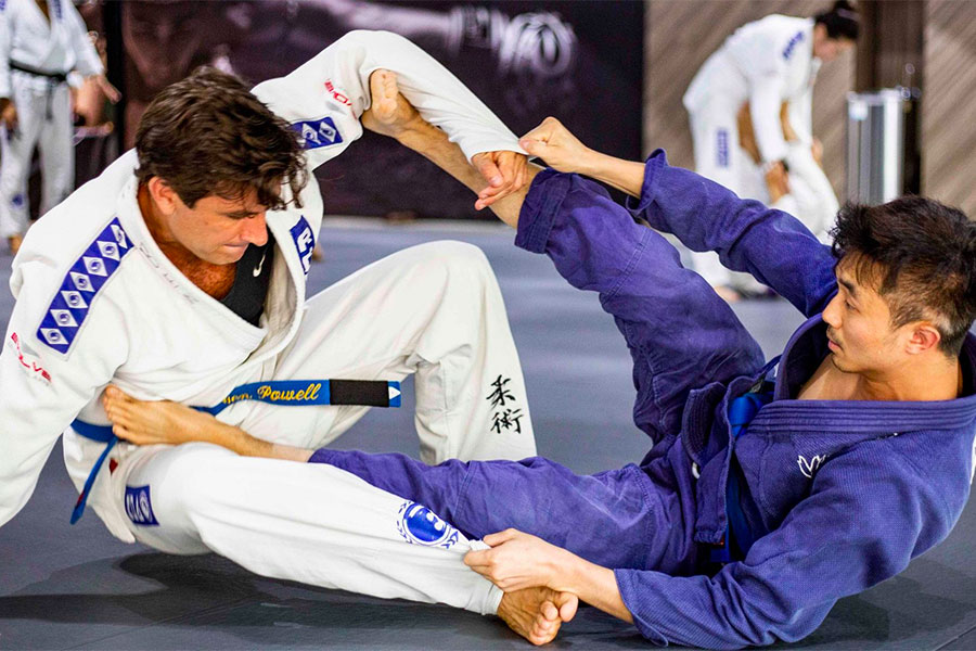 BJJ Sweep - Getting Better As A White Belt In Not Time
