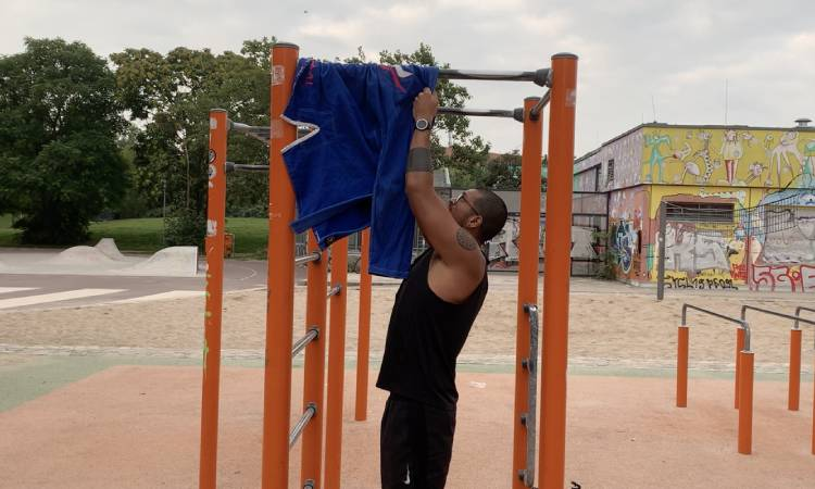 Gi Pull-Ups - Training BJJ with a Torn Meniscus